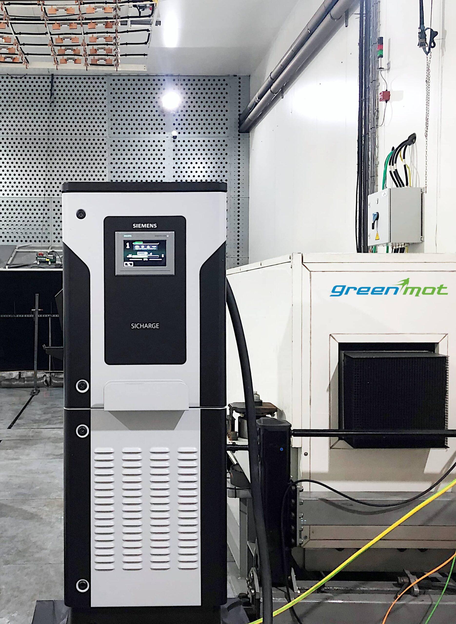 borne recharge SICHARGE dans cellule d'essais Greenmot