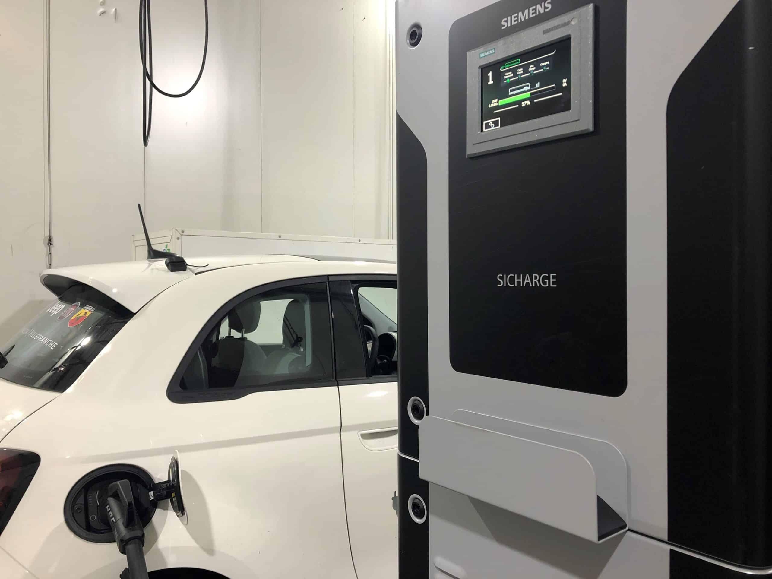 borne de recharge haute puissance SICHARGE UC400
